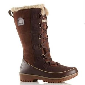 Sorel NWT Tivoli High II Waterproof Boots 6.5